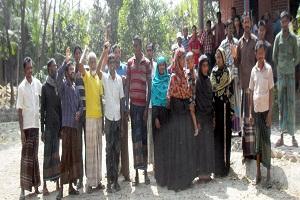 কলাপাড়ায় ১৫ লক্ষাধিক টাকা নিয়ে পালিয়েছে একটি এনজিও