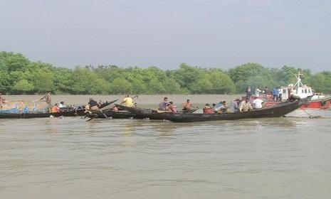 সুন্দরবনে মাছ ধরতে না পারায় সহস্রাধিক জেলে বেকার