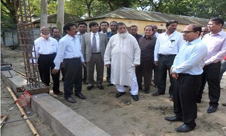গাইবান্ধার বোনারপাড়া বিশ্ববিদ্যালয় কলেজ পরিদর্শন করেন