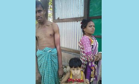বাঞ্ছারামপুরে দুই প্রতিবন্ধীর সংসার