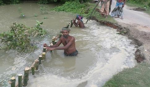 পদ্মায় পানি কমছে : ৪১ হাজার পরিবার এখনো পানিবন্দি