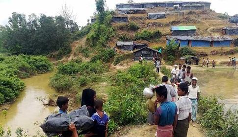 রোহিঙ্গা ক্যাম্পে বন্যহাতির আক্রমণ : নিহত ৪