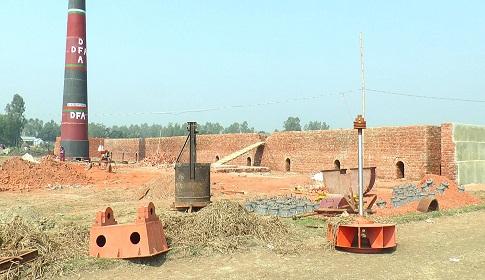 বাসাইলে কৃষি জমিতে ইটভাটা নির্মাণ