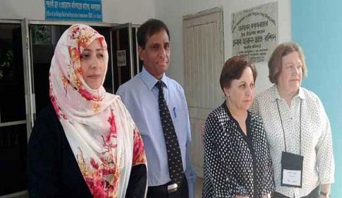 সু চি'র বিচার দাবি নোবেলজয়ী তিন নারীর