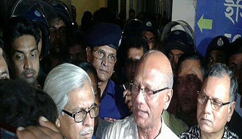 'জাফর ইকবালের ওপর আঘাত মানে শিক্ষা ব্যবস্থার ওপর আঘাত'
