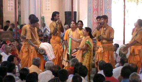 ধামরাইয়ে মাধব মন্দিরের সপ্তাহব্যাপী বার্ষিক উৎসব শেষ