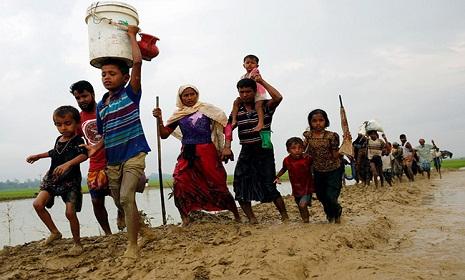 রোহিঙ্গাদের নোম্যান্স ল্যান্ড ছাড়তে মিয়ানমারের মাইকিং