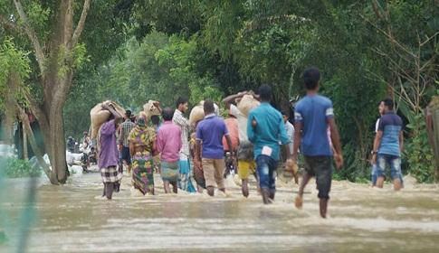 ভারত-বাংলাদেশ সড়ক যোগাযোগ বিচ্ছিন্ন, ৭০ গ্রাম প্লাবিত