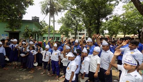 ফুলবাড়ীতে মাদক বিরোধী শপথ নিলো পাঁচ শতাধিক শিক্ষার্থী