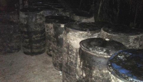 ঘাটাইলে ১৬টন ভেজাল সরিষার তেল ধংস, ১ লাখ টাকা অর্থদণ্ড
