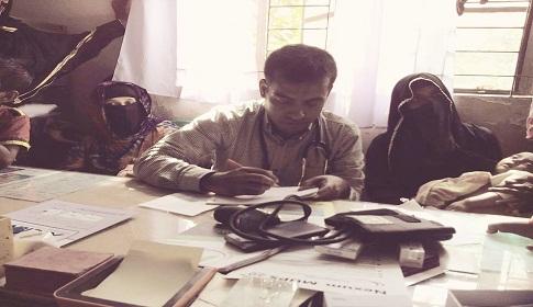 গলাচিপায় জনপ্রিয়োতার শীর্ষে ডাক্তার মোঃ মস্তফা সিকদার