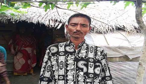 সিডরে নিখোঁজ শহিদুল ১১ বছর পর বাড়িতে ফিরেছে