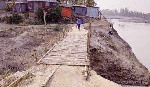 বোনারপাড়া-গোবিন্দগঞ্জ সড়কের ১ কিলোমিটার রাস্তার সংযোগ সড়ক নেই
