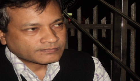 আ. লীগ : থাকুক ক্ষমতায়, সুস্থ পুষ্ট রাজনীতির চর্চাও চাই