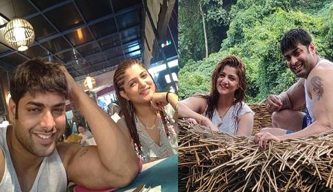 কোথায় হানিমুন করছেন শ্রাবন্তী