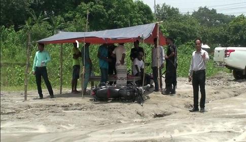 কালিহাতীর পৌলি নদীতে ভ্রাম্যমান আদালতের অভিযান