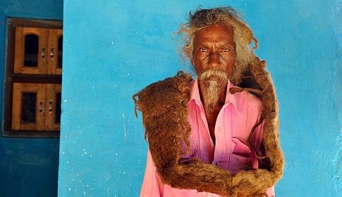 স্বপ্নে পাওয়া আদেশে চুল না কেটে ৪০ বছর