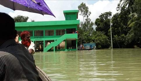 নাগরপুরে বন্যায় ৯২টি শিক্ষা প্রতিষ্ঠান বন্ধ