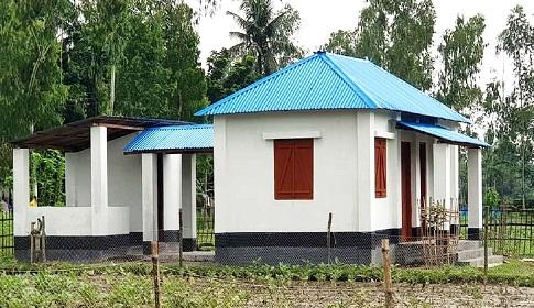আত্রাইয়ে দূুর্যোগ সহনীয় ঘর পেল ১৫ হতদরিদ্র পরিবার
