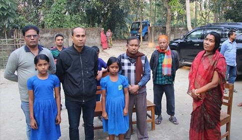 স্কাব ড্রেসের টাকা দিতে না পারায় দুই শিক্ষার্থীকে হল থেকে বাড়িতে পেরন, শিক্ষকের শাস্তির সুপারিশ