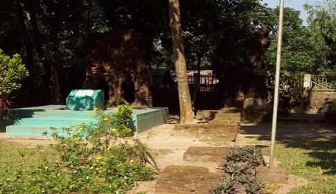 রোকেয়া পরিবারের সাড়ে ৩০০ বিঘা জমি বেহাত, উদ্ধারে উদ্যোগ নেই