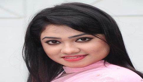 ভাবনাজুড়ে শুধুই অভিনয় : রাইসা রিয়া