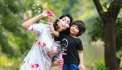 জীবনের সেরা গিফট মা : সোহানা সাবা