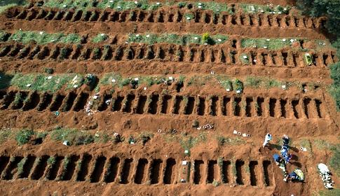 করোনায় প্রাণহানি ছাড়াল ৭ লাখ, প্রতি ঘণ্টায় ২৪৭ জনের মৃত্যু