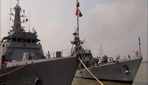 স্বাধীনতার সুবর্ণ জয়ন্তী উপলক্ষে মোংলায় ভারতীয় যুদ্ধজাহাজ