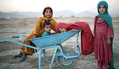 আফগানিস্তানকে ১০০ কোটি ডলারের বেশি সহায়তার প্রতিশ্রুতি