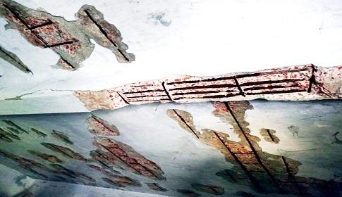 আত্রাইয়ে ঝুঁকিপূর্ণ ভবনে চলছে শিক্ষার্থীদের পাঠদান