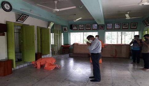 ফরিদপুর রামকৃষ্ণ মিশনে ভারতীয় হাইকমিশনের সেকেন্ড সেক্রেটারি সঞ্জয় জৈন