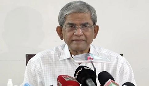 সরকার ভয়ে খালেদাকে বিদেশে চিকিৎসার অনুমতি দিচ্ছে না : ফখরুল