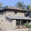 বিলুপ্তির পথে চলনবিলাঞ্চলের ঐতিহ্যবাহী মাটির ঘর