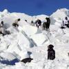 কাশ্মীরে তুষারধসে ভারতীয় তিন সেনাসহ নিহত ৮