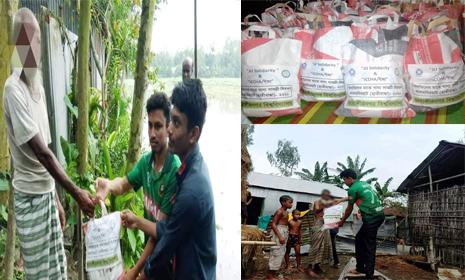 লালমনিরহাটে বন্যার্তদের মাঝে পৌঁছে গেল 'JU Solidarity' এবং 'ইচ্ছা'