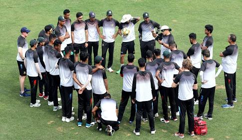 ওয়েস্ট ইন্ডিজের বিপক্ষে ওয়ানডে স্কোয়াডে তিন চমক