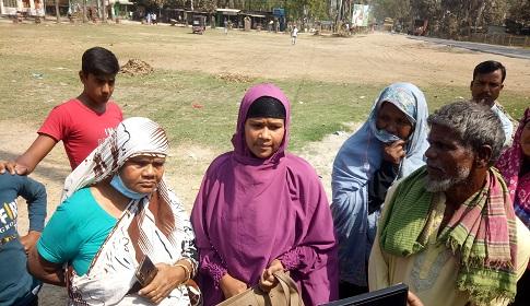 গোয়ালন্দে সোনালী ব্যাংক থেকে গ্রাহকের টাকা ছিনতাই