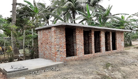 স্থানীয় বিরোধে থমকে গেছে গোয়ালপোতা বুড়ো শিব মন্দিরের সংস্কার কাজ