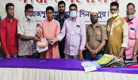 দিনাজপুর প্রেসক্লাবের নতুন কমিটির দায়িত্ব গ্রহণ