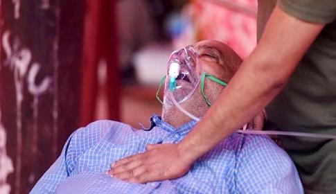 ভারতে করোনার তৃতীয় ঢেউ 'অনিবার্য'