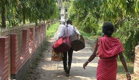 বাড়ি ফিরলো ঝিনাইদহে কোয়ারেন্টাইনে থাকা ৮৬ জন ভারত ফেরত যাত্রী