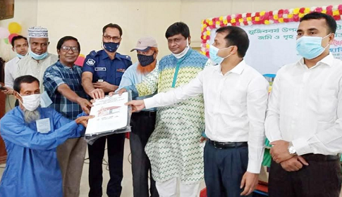 গোবিন্দগঞ্জে ২২০ গৃহহীনের মাঝে 'স্বপ্ননীড়' হস্তান্তর