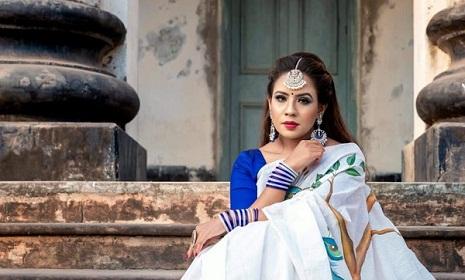 মডেলিং এন্ড ফুড ব্লগিং নিয়ে ব্যস্ত সাদিয়া খলিল